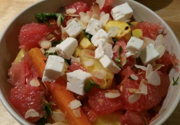 geroosterde-groenten-met-grapefruit-en-amandelen-en-feta